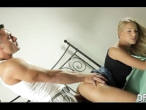 Stud does his best to prepare the gal but his load of shit is big