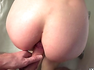 Neighbor girl Lexy Fox with big tits are very sexy fucked hither bathroom