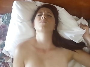My Ex girlfriend using a vibraton for the first time on video