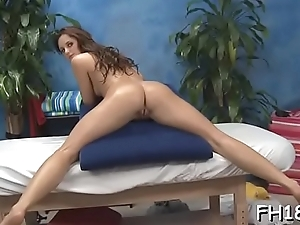 Floozy is nailed by pulsating penis after giving deep throat