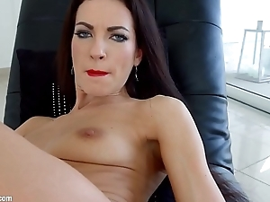 Linda Moretti gets her holes filled up with jizz of creampie by All Internal