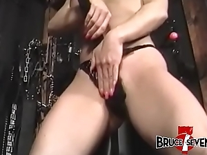 Submissive babe gets her titties slapped while she is bound
