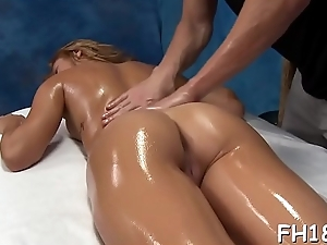 Wacko wench takes knob from her massage therapist