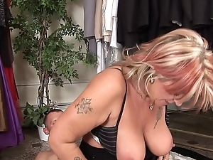 Derisory mature Joanna Depp loves to give head and get fucked to get jizz upstairs her face