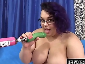 Big Slut Simone Debu Fucks a Dildo Machine and Cums Like a Freight Train