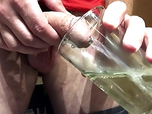 Watersport challenge to drink my own piss