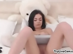 Bitch teasing herself on her camera at TryLiveCam.com
