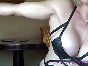 Big Tit Muscle Domme Dirty talk POV